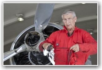 VENTER: Tom L Nilsen er en av mange som venter i spenning på ny motor! FOTO: Martin Nilsen